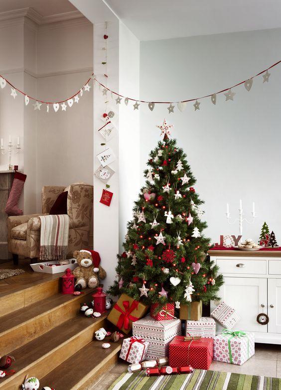 Toca La Imagen Para Ver Mas Ideas Y Aprender Hacer Estas Hermosas Decoraciones Navidena Christmas Decorations Cheap Christmas Bathroom Decor Diy Christmas Tree