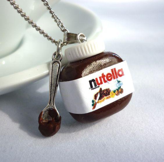 Adorable polymer clay nutella jar necklace with a little spoon - made by shinystuff  Schattige ketting van fimo klei in de vorm van een nutella potje met een lepeltje - door ShinyStuff
