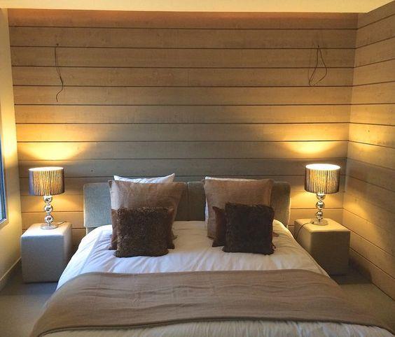 Habiller les murs de sa chambre avec du bois brut voil la bonne id e de not - Mur de chambre en bois ...