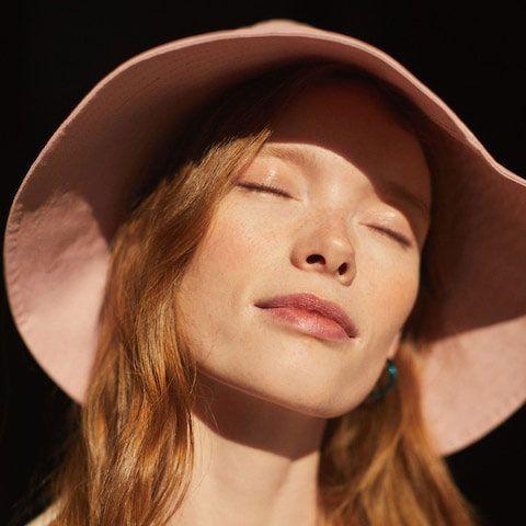 ضد آفتاب در کرم های الفبایی-خانومی