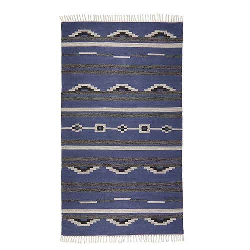 Handwoven In A Kilim Style In Agra India These Reversible Cotton Rugs Are Densely Woven For Durable Construction Hand Knotted In 2020 Grey Kilim Rugs Small Rug Boho