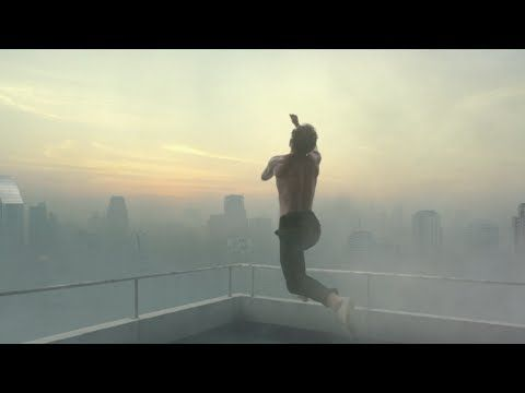 ▶ LIFE IS A BEAUTIFUL SPORT - THE BIG LEAP (30s) - YouTube