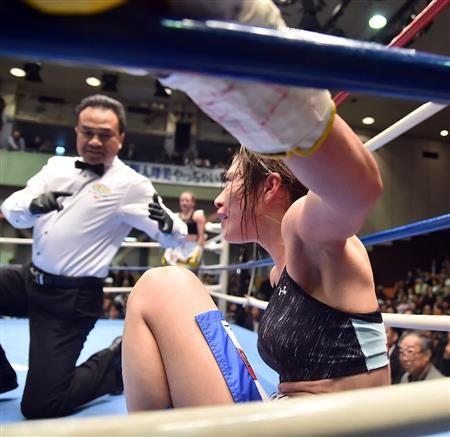 世界ボクシング機構(WBO)女子のダブル世界戦各10回戦は11日、東京・後楽園ホールで行われ、ミニフライ級王者の池原シーサー久美子(フュチュール)が神田桃子(勝又)に3-0で判定勝ちし、3度目の防衛に成功した。