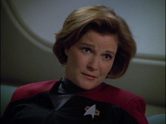 "Star Trek: Voyager 4 X 15 ""Hunters """