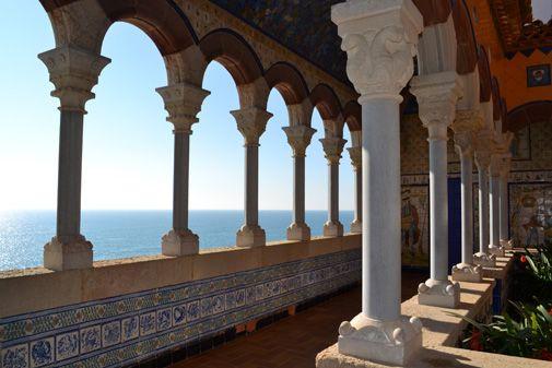 El #Palacio #Maricel acompaña una propuesta diversa y  de arquitectura, gastronomía y diversión en #Sitges #España