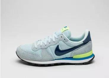 Nike Wmns Internationalist (Glacier Blue / Coastal Blue - Volt)