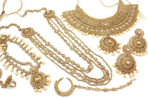 Antique Gold Padmavati Bridal Necklace Jewellery Set