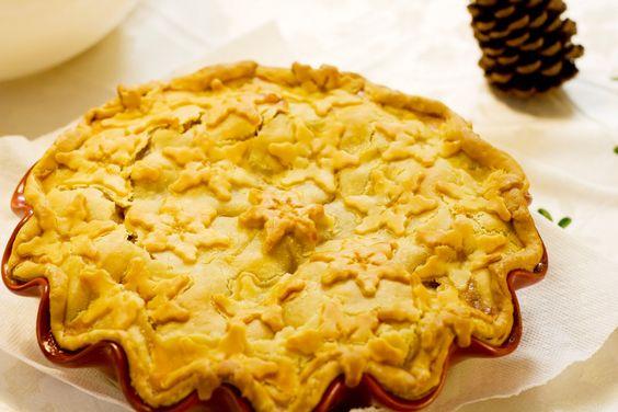 Snowflake pie crust