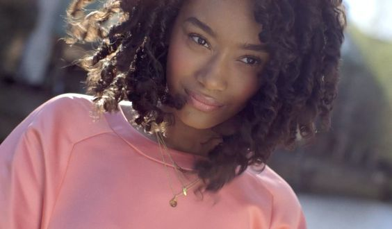How to expertly style afro and curly hair with A-list hairdresser Johnnie Sapong...