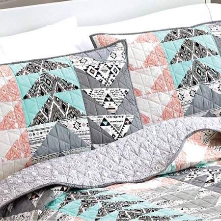 dcee8fad6d67606c4be293209004be63 - Better Homes And Gardens Triangle Quilt