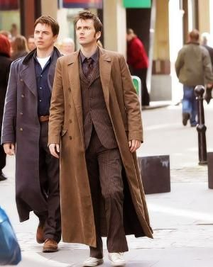 Doctor Who (David Tennant, the 10th Doctor) and Captain Jack Harkness (John Barrowman) in Their Fabulous Coats by gilda