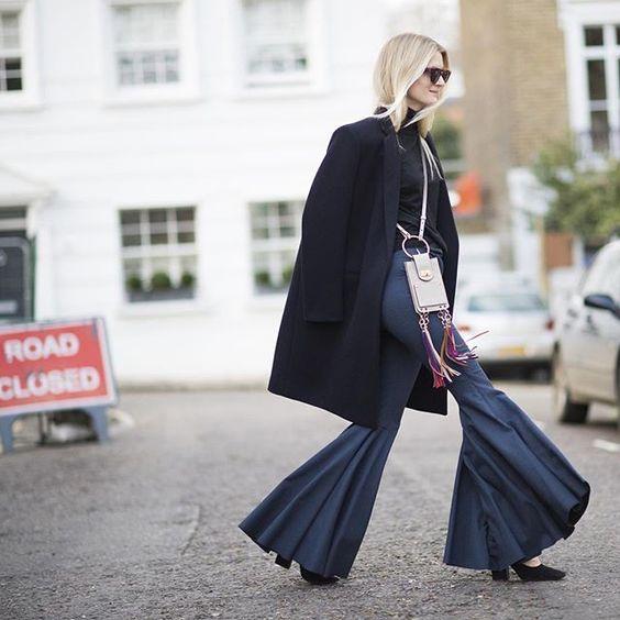 Off she goes – stylist Rebecca Corbin Murray takes #LFW by storm sporting our mini Jane bag #chloeGIRLS