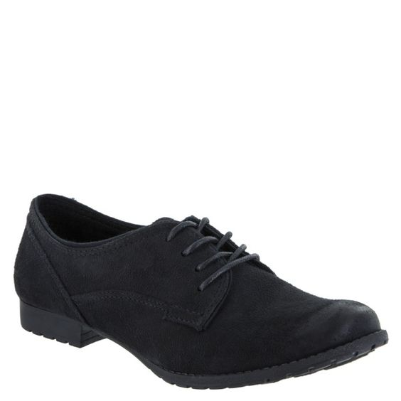 Rocket Dog's Julian Burnie Oxford is perfect for those go-to meetings, lunch with the girls, or just running around town. Pair with high waisted shorts, a grey tank, and a blazer to top off this ultra sophisticated look!  Lace-Up Oxford Synthetic Lining And Footbed Rubber Sole