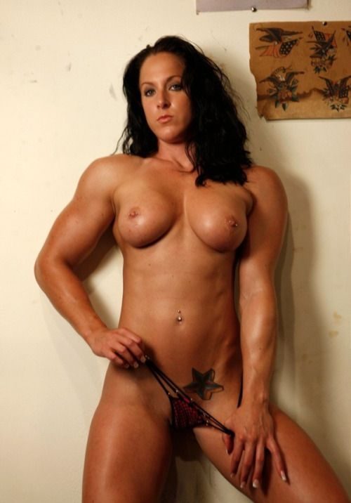 Muscular nude babes