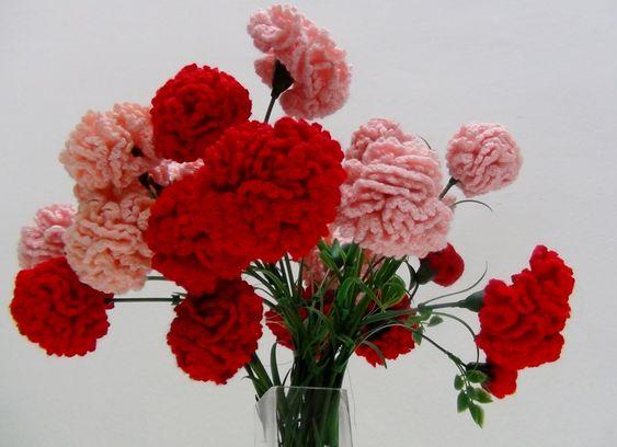 Flores de crochet - Claveles y Rosas de Pitiminí de ganchillo hechas por...