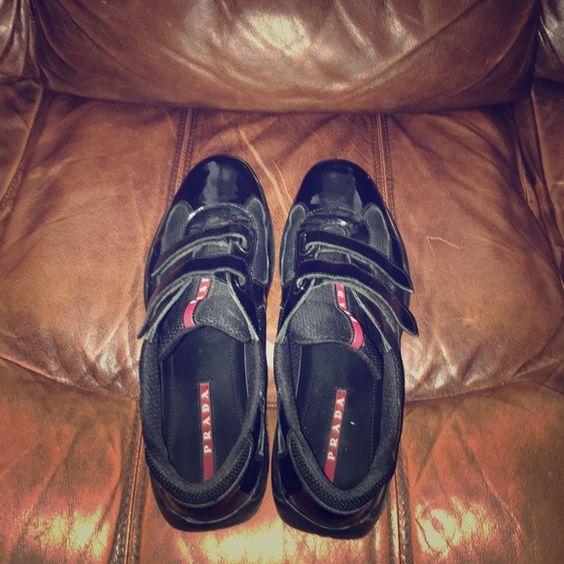 black double strap pradas