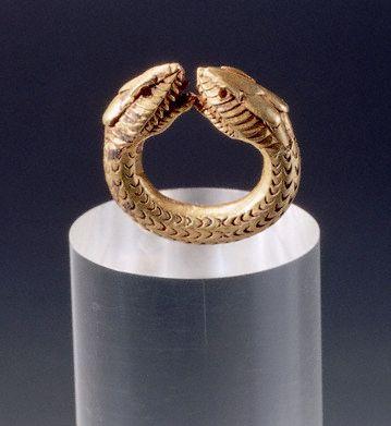 Gold bracelet From Pompeii, 1st century A.D.