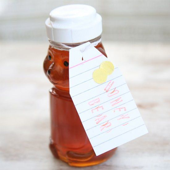 Homemade honey face wash that is antibacterial and zaps zits