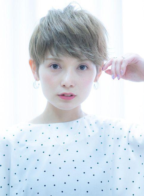 40代50代吉瀬美智子さん風大人ヘア 髪型ベリーショート ピクシー