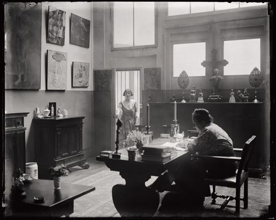 man ray gertrude stein and alice toklas in the atelier at 27 rue de fleurus paris 1922 a. Black Bedroom Furniture Sets. Home Design Ideas