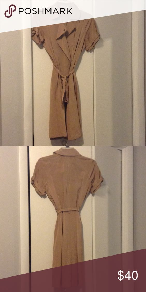 NWOT‼️ Banana Republic Worn once. Great for work or going out Banana Republic Dresses Asymmetrical