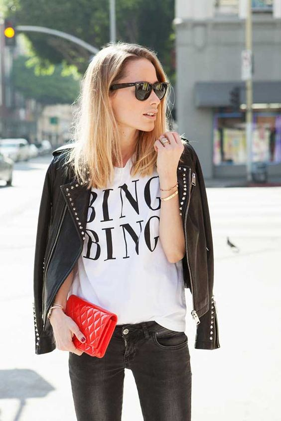 A coleção 'uau' de Chanel de Anine Bing! | {via Anine's World} http://alegarattoni.com.br/bolsas-chanel-de-anine-bing/