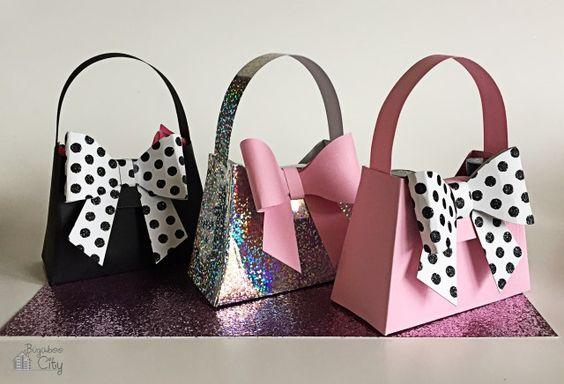 Bachelorette Party Favors - DIY Mini Paper Purses!
