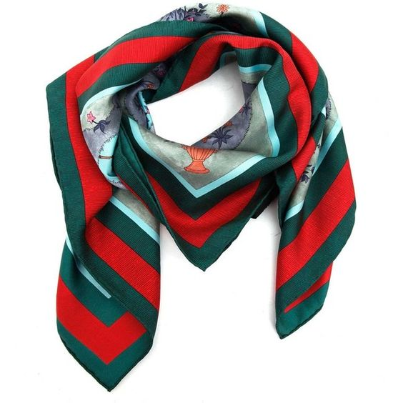 GUCCI Forest printed silk foulard (5.215.275 IDR) ❤ liked on Polyvore featuring accessories, scarves, gucci shawl, gucci, gucci scarves, silk scarves and pure silk scarves