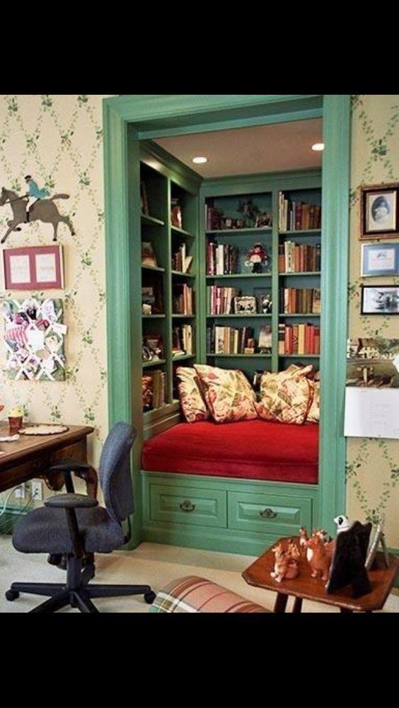 A_HM (ayakohorimerdon) on Pinterest - einrichtungsdeen fur hausbibliothek bucherwand