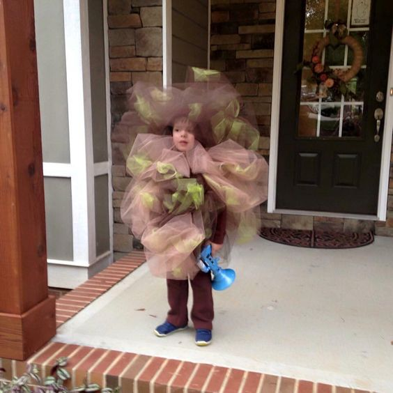 This kid was a fart for Halloween.