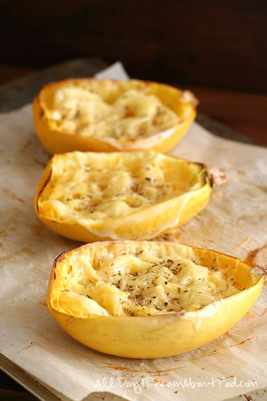 Easy Baked Spaghetti Squash with Two Cheeses