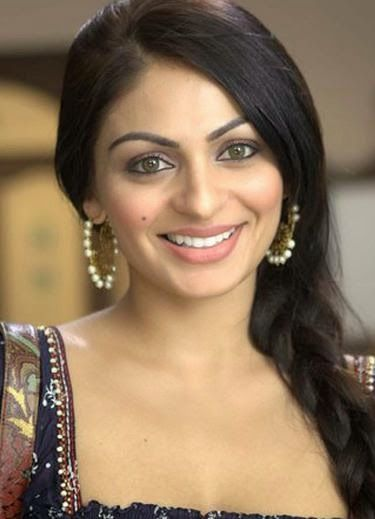 Actress pictures: Indian actress Neeru Bajwa: