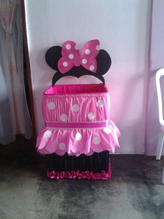 Caja de regalos de minni mouses cumple minni pinterest for Regalos para fiestas de cumpleanos infantiles
