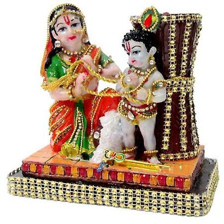Yashoda With Natkhat Kanha Magnificent Pooja Accessories