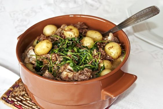 Spanish Oxtails With Vegetables In Sherry Sauce Recipe - Rabo De Toro