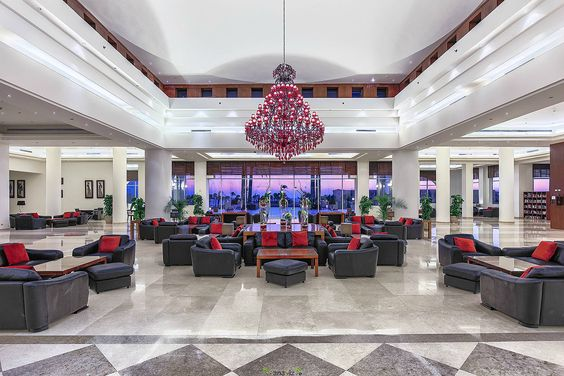 Hospitality, Commercial and Real Estate Photograpy in Hawaii | We are…