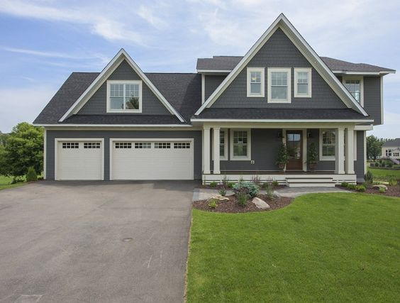 Home paint color ideas with pictures bm hc 166 kendall charcoal for Kendall charcoal exterior paint