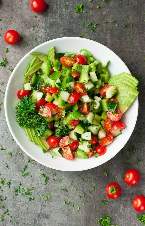 Healthy Tomato Cucumber Salad