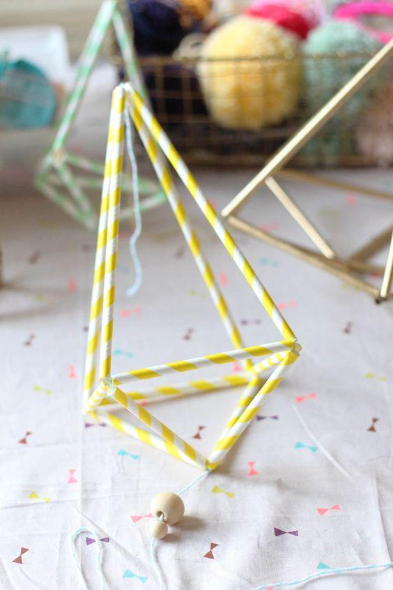 http://youdoit.fr/fr/102-pailles DIY Himmeli Pailles Papier originales - Paper Straw Suspension ornaments tutorial #pailles #youdoit