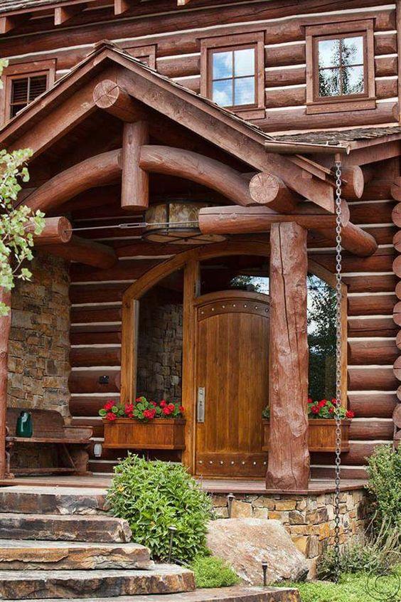 Puertas delanteras, Entrada and Troncos de madera on Pinterest