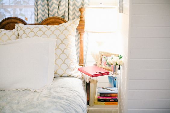 Cat Cantrell's Houston Garage Apartment Tour #theeverygirl