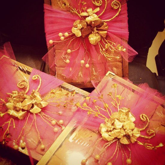 Wedding gift wrapping in mumbai india
