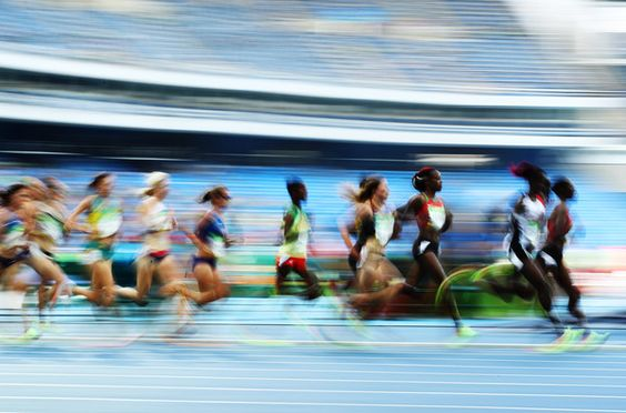 Yasemin Can of Turkey and Hellen Onsando Obiri of Kenya lead the pack during the Women's 5000m Round 1 - Heat 1 on Day 11 of the Rio 2016 Olympic Games at the Olympic Stadium on August 16, 2016 in Rio de Janeiro, Brazil.