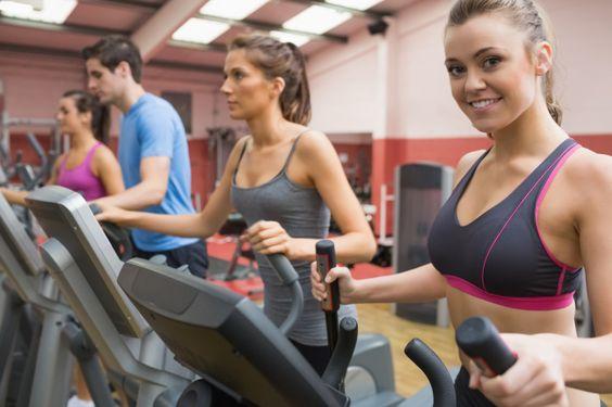 Trainingsplan zur Fettverbrennung: Auf dem Crosstrainer abnehmen