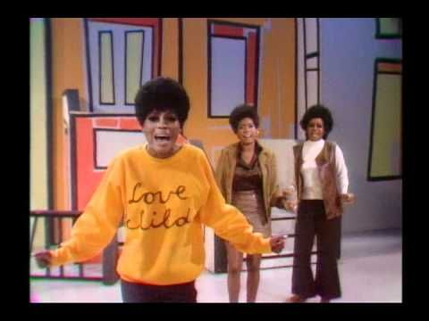 """Diana Ross & The Supremes """"Love Child"""" on The Ed Sullivan Show (1968)"""