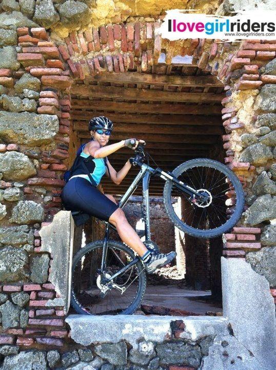 Isla de Cabra - Rider: Evelin Morales - Location: Isla de Cabra (Puerto Rico) - #ilovegirlriders #iamagirlrider