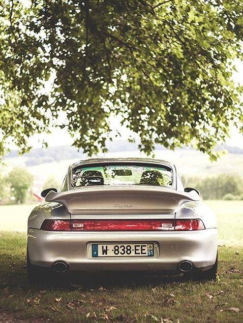 Porsche 993 gt2 porsche best porsche pictures for Design apartment zuffenhausen