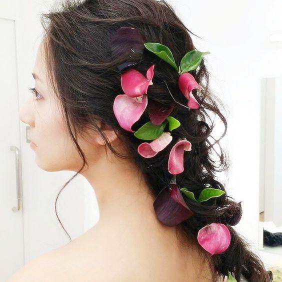 髪に花をちりばめた木村文乃