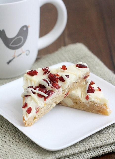 Cranberry Bliss Bars — like the Starbucks version http://www.traceysculinaryadventures.com/2013/12/cranberry-bliss-bars.html#.Uq37m3-9KSO