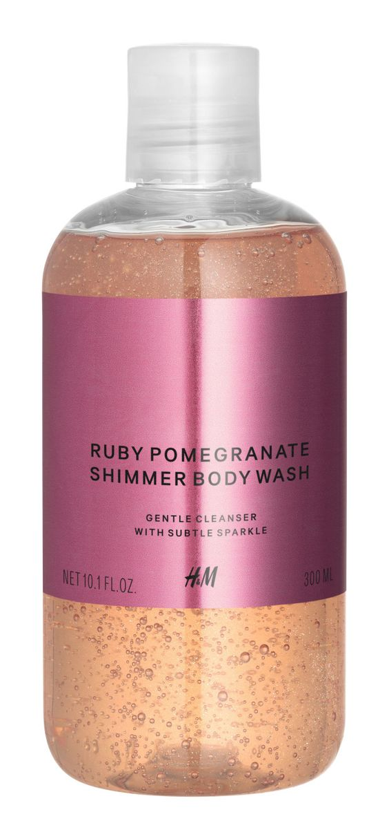 You + a bath + this body wash and spray = a holiday miracle. | Can You Make It Through This Post Without Buying Yourself A Present From H&M?